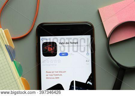 New York, Usa - 1 December 2020: Valle Dei Templi Mobile App Icon On Phone Screen Top View, Illustra