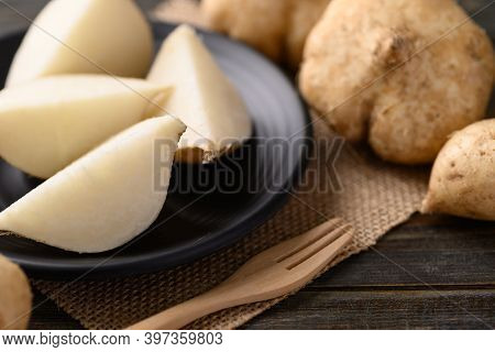 Sliced Jicama Or Yam Bean, Jicama Can Be Eaten Raw Or Cooked, The Taste Are Crisp, Juicy, Moist, And