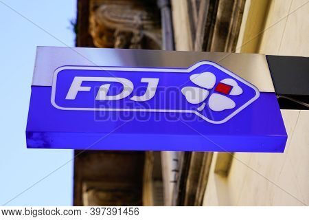 Bordeaux , Aquitaine  France - 11 21 2020 : Fdj Sign Text And Logo Of Shop Sell French National Lott