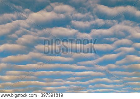 Cirrus Clouds On An Autumn Day. A Rare View Of Cirrus Clouds On A Calm Day. Spindly Clouds.