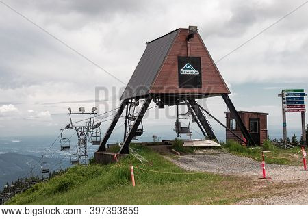 North Vancouver, Canada - July 6,2020: Older Double Chairlifts At Seymour Mountain During The Summer