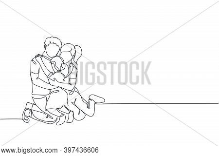 One Continuous Line Drawing Of Young Happy Mom And Dad Hugging Their Daughter Full Of Warmth . Happy