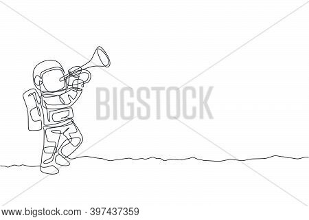 One Single Line Drawing Spaceman Playing Trumpet Musical Instrument In Moon Surface Graphic Vector I