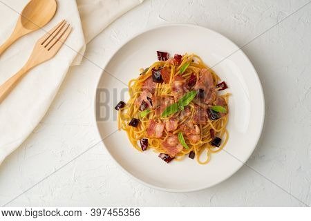 Stir-fried Spaghetti With Dried Chili And Crispy Bacon.top View