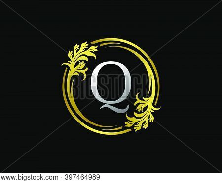Luxury Circle Q Letter Floral Logo. Royal Gold Q Swirl Vector Icon.