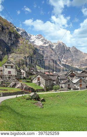 Village Of Sonlerto In Val Bavona,ticino Canton,switzerland
