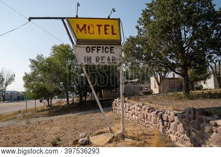 Generic Sign For A Motel - Office In Rear, Now Abandoned