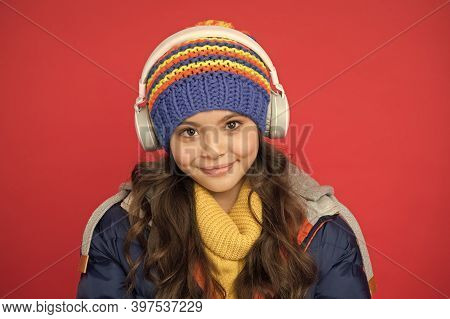 Vacation Ideas. Listening Music. Music Taste. Weekend Begins Like That. Hipster Fashion Trend. Winte