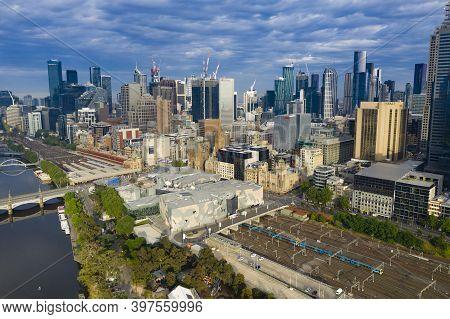 Melbourne, Australia - Nov 22, 2020: Aerial Photo Of Melbourne Cbd At Sunrise