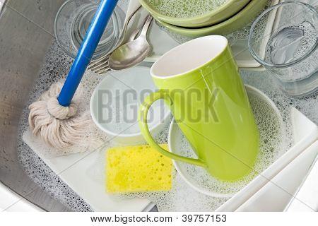 Washing Bright Dishes