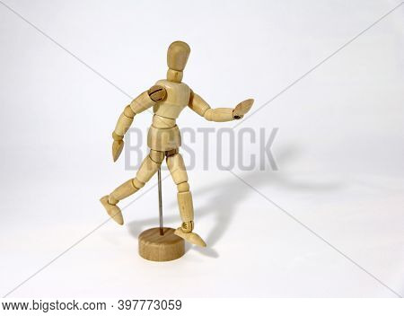 Wood Human Drawing Model Artist Body Figure, Walk Acting. Useful Tool For Learning The Basics Of Fig