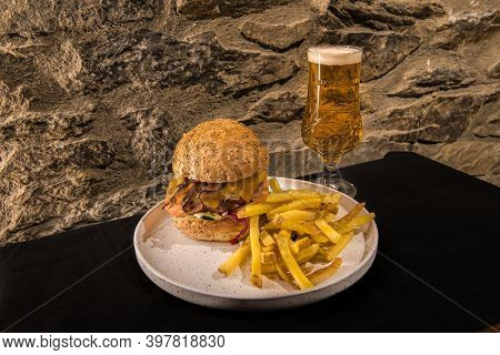 Arinsal, Andorra: 2020 December 2: California Burger Served With French Fries.
