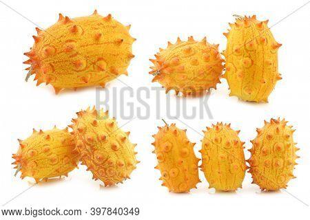 Kiwano melons ((Cucumis metuliferus)