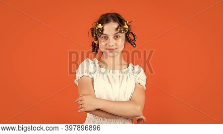 Adorable Child Hairdo. Female Beauty Routine. Styling Tips. Teen Hobbies. Small Girl Curling Hair Us
