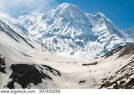 Mt.annapurna South (7,219 M) A Mountain In The Annapurna Himal Range Of The Himalayas, Nepal. Beauti