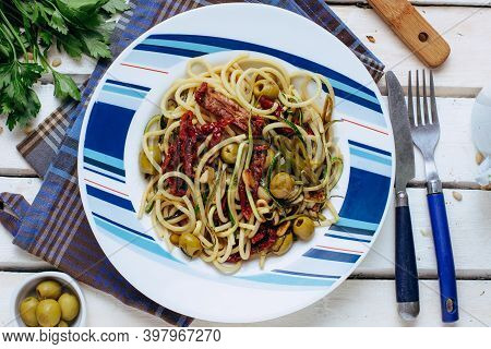 Pasta Alla Puttanesca With Garlic, Olives, Capers, Tomato