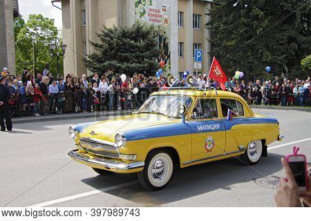 Retro Car Milition Volga On Victory Parade Of The 71th Anniversary Of The Victory Day, Pyatigorsk Ru