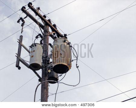 Telephone_pole