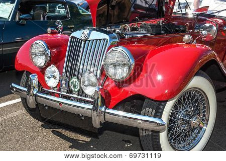 1954 Mgtt Front View.
