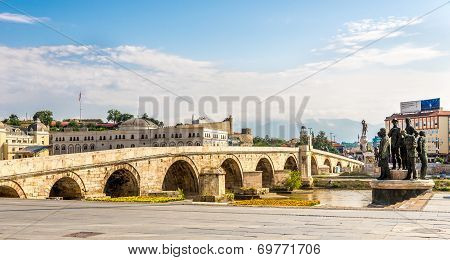 Stone Bridge Across The Vardar River In Skopje