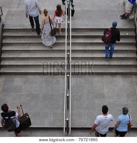 People Metro Station