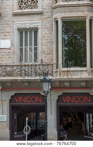 Vincon Shop At Passeig De Gracia, 96 In Barcelona, Spain.