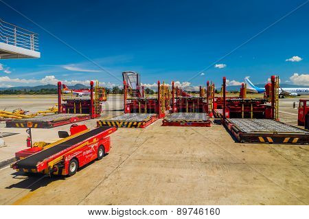 Avianca ground support equipment aircraft container and pallet loader at international airport el Do