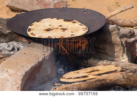 Chapatti On Fire, Close Up