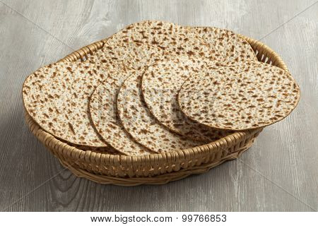 Basket with fresh wholewheat matzah