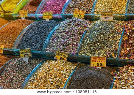 Tea and spices at the Spice market