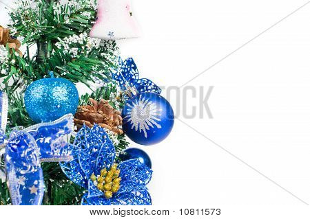 Christmas Tree Setting Depicts The Holiday Spirit