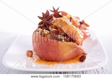 baked apple with mixed nut and rasin