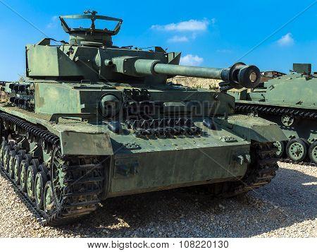 German Made Panzer Pzkpfw Iv Medium Battle Tank Captured By Idf On Golan Heights . Latrun, Israel