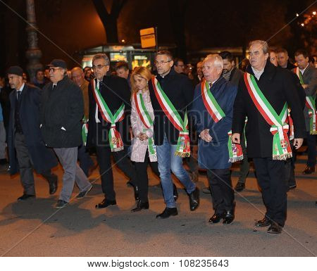 Vicenza, Vi, Italy. 15Th November, 2015, Achille Variati Mayor Of Vicenza City And Other Mayors In T