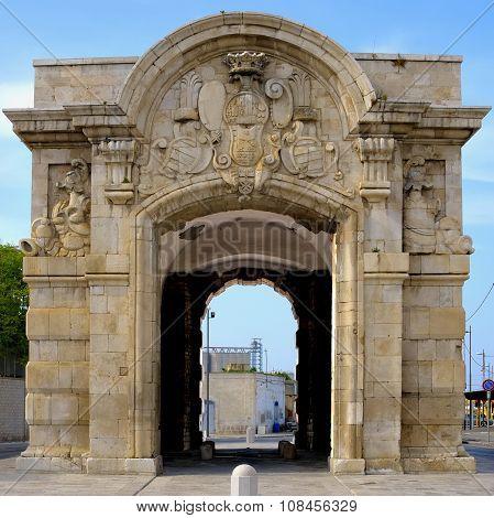 Porta Marina Barletta apulia - Italy
