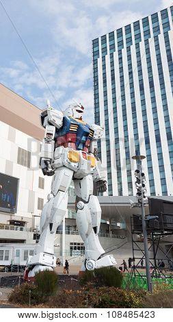 Huge Fantastic Robot In Odaiba