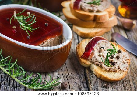 Chicken Liver Pate With Red Wine Jelly