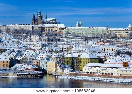 Prague Castle And Moldau River, Prague (unesco), Czech Republic
