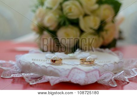 Wedding Rings On A Pillow For Rings Bouquet Of Fiancee