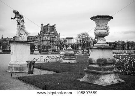 Paris, France: Tuileries Garden In Paris, France. Tuileries Garden (jardin Des Tuileries) Is A Publi