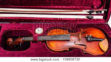 Classic Violin With Bow In Red Velvet Case