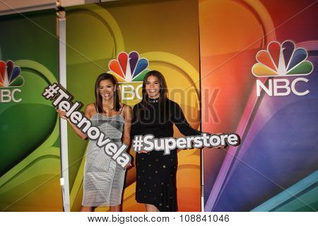 LOS ANGELES - NOV 17:  Eva Longoria, America Ferrera at the Press Junket For NBC's