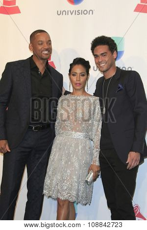 LAS VEGAS - NOV 19:  Will Smith, Jada Pinkett Smith, Trey Smith at the 16th Latin GRAMMY Awards at the MGM Grand Garden Arena on November 19, 2015 in Las Vegas, NV