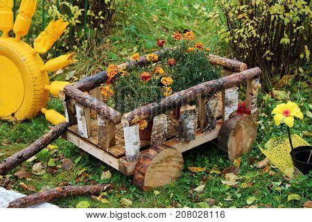 Decorative Flowerbed, Garden Decor, Cart