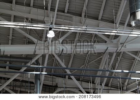 Ceiling in a warehouse, ventilation and illumination