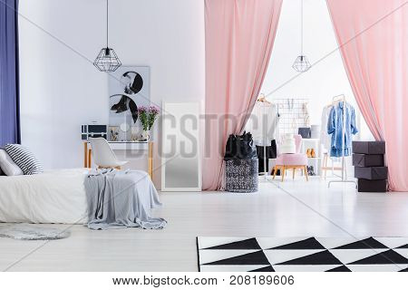 Velvet Pink Curtains In Bedroom