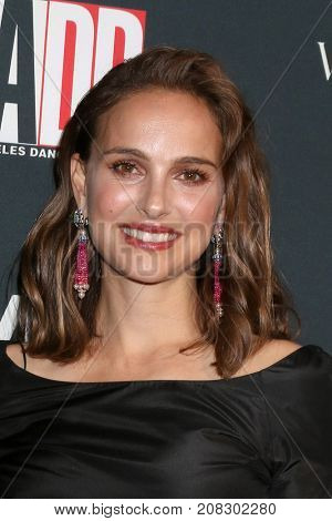 LOS ANGELES - OCT 7:  Natalie Portman at the 2017 Los Angeles Dance Project Gala at the LA Dance Project on October 7, 2017 in Los Angeles, CA