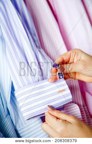 Close Up Of A Hand How Wears Shirt And Cufflink