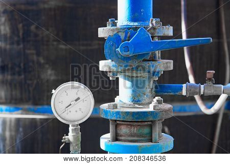Manometer And Blue Pipe