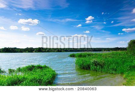der Fluss eine schöne Aussicht
